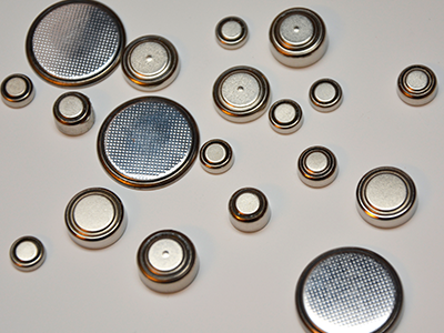 different sized button batteries