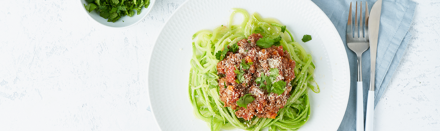 pasta Bolognese with mincemeat and zucchini noodles